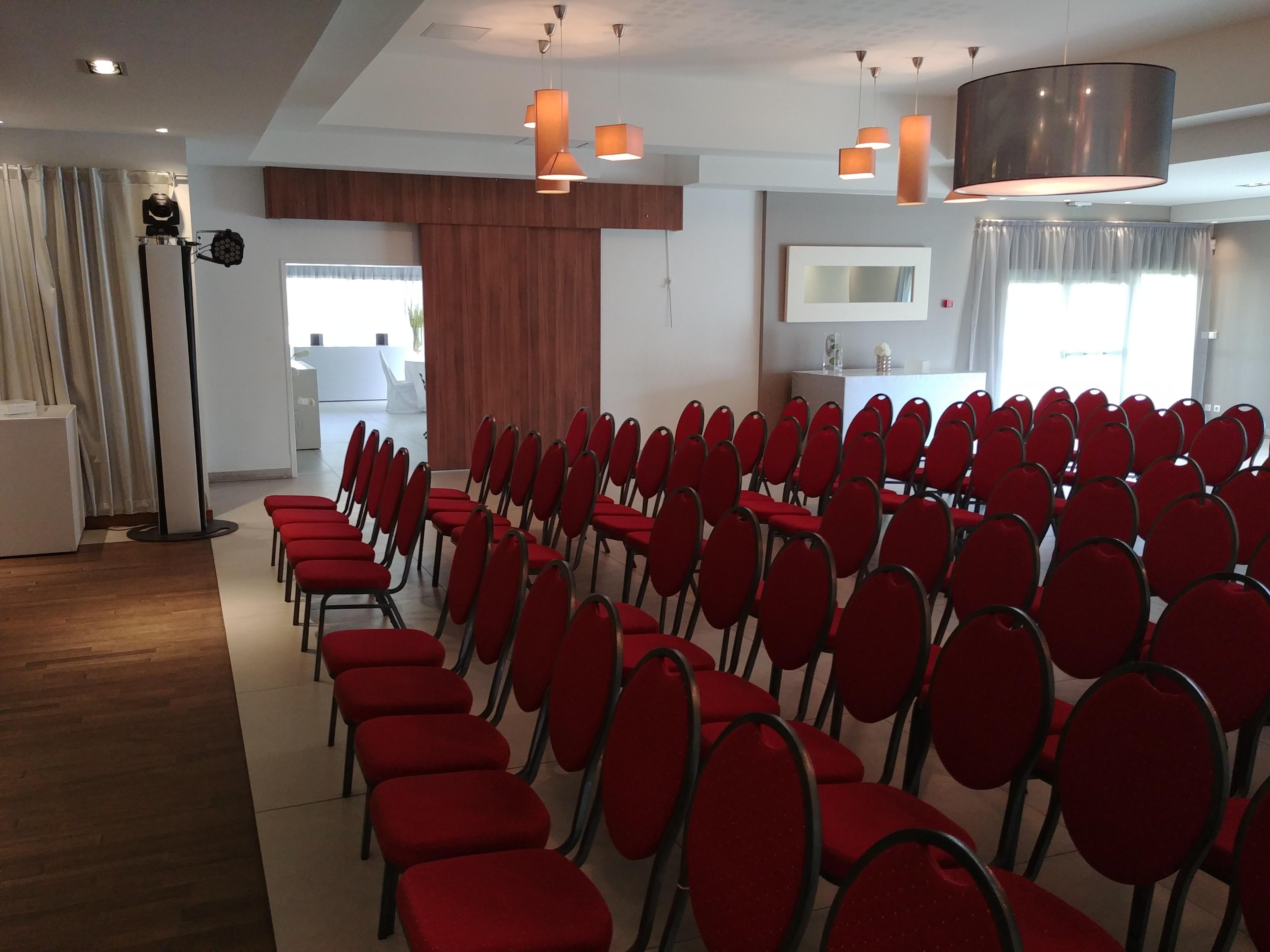Salle De Reception Allauch Les Salons De La Bauquiere